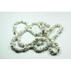 Sekaný náhrdelník 90cm - Magnezit